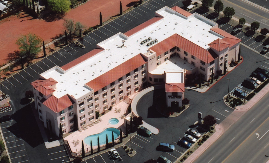 Duro-Last Commercial Roof on a Best Western (Source: Duro-Last)